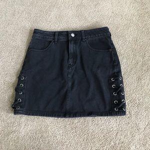PacSun black denim skirt size 26